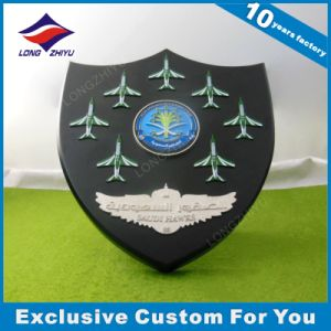 Custom Wooden Shield Bronze Engraving Award Wall Plaque pictures & photos