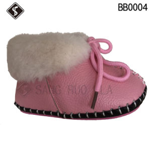Winter Babies Boots and Shoes for Walking pictures & photos