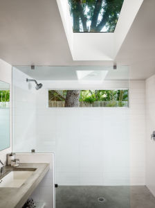 Custmized Tempered Glass Shower/Tempered Glass Door pictures & photos