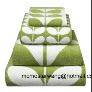 Luxury Jacquard 70% Bamboo 30% Cotton Bath Towel pictures & photos