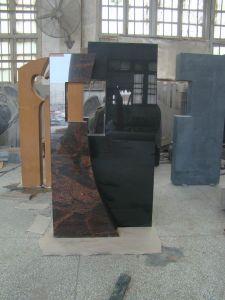 Natural Black Granite Tombstone Monument pictures & photos