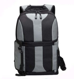 Fashion Wholesale Waterproof Nlyon Camera Laptop Backpack Sh-16061631 pictures & photos
