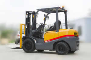 with Japanese Mitsubishi Engine, 4ton Diesel Forklift pictures & photos