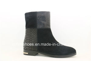 New Arrived Fashion Designed Leather Lady Boots pictures & photos