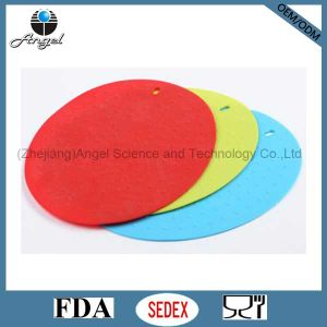 Anti Skid Silicone Placemat, Silicone Coffee Mat Em10 pictures & photos