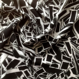 Printed Silk Cdc in Geometric Pattern