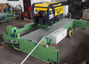 Paver Machine with Engine for Running Track pictures & photos
