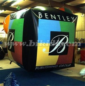Giant Inflatable Cube Shape Parade Helium Balloon for Sale K7163 pictures & photos