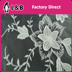White 3D Embroidered Polyester Lace Fabric pictures & photos