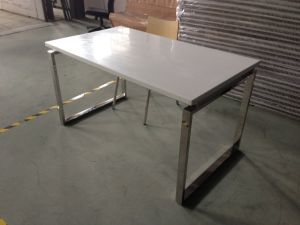 Heavy-Duty 4 Seat Wooden Dining Table and Chairs pictures & photos