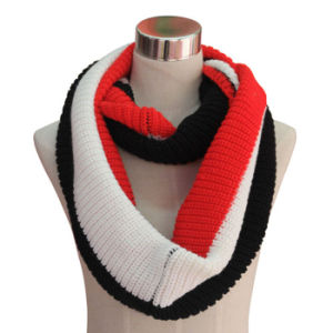 Women Fashion Acrylic Cashmere Pashmina Knitted Winter Infinity Scarf (YKY4186) pictures & photos