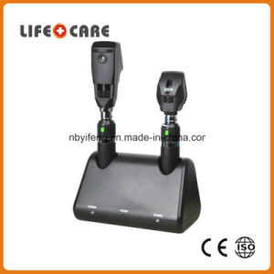 Yf1900 Medical Rechargeable Diagnostic Ophthalmoscope and Retinoscope pictures & photos