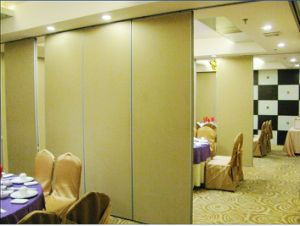 Acoustic Sliding Partition Wall pictures & photos