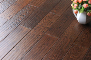 Hot Selling Oak Engineered Wood Flooring pictures & photos