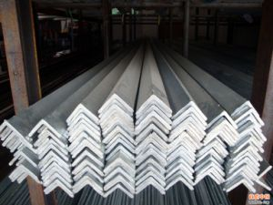 High Quality Galvanized Angle Steel pictures & photos