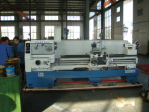 Gap Lathe (80mm Spindle Hole) (LY6240C) pictures & photos