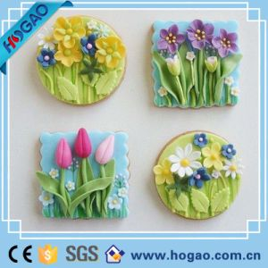 Beautiful and Hot Sale Flower Shaped Resin Magnetic Fridge Magnet pictures & photos