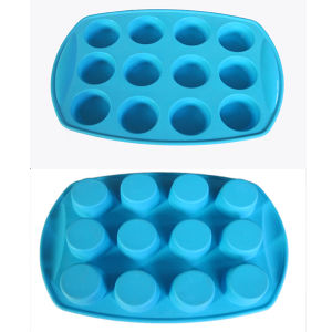 Food Grade 12 Cups Logo Printed Silicone Cake Mold pictures & photos