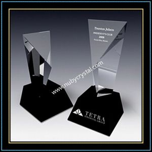 9 Inch Tall Crystal Excel Tower Award Trophy with Black Crystal Base (NU-CW770) pictures & photos