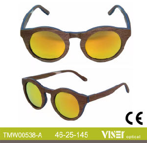 Fashion Wooden Sunglasees with High Quality (538-A) pictures & photos