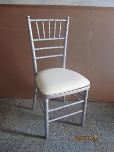 2015 Newest Style Wood Chiavari Chair