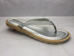 All-Match and Fashion PVC Flip Flops with Exquisite Strap (24ja1716) pictures & photos