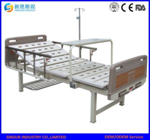 Hospital Use Manual Double Crank/Shake Hospital Beds Medical Bed pictures & photos