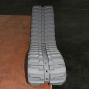Small Rubber Track for Yanmar/ Yuchai...Excavators (230*72*45) pictures & photos