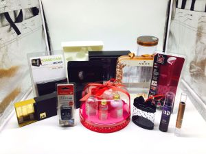 Plastic Packaging Products for Cosmetics, Perfume pictures & photos