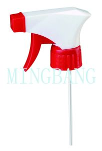 Plastic Trigger Sprayer in Garden pictures & photos