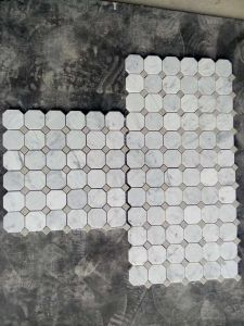 White Marble Mosaic Tiles for Sale pictures & photos