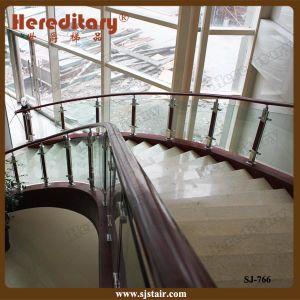 Elegant Aluminum and Wood Balustrade for Staircase Indoor (SJ-766) pictures & photos