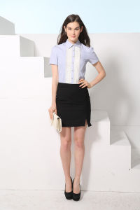 Custom Fashion New Design Women′s White Shirt --Md1a8131 pictures & photos
