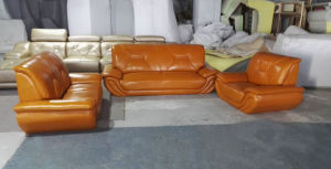 High Quality Top Grain Leather Sofa, Modern Sofa (C06) pictures & photos