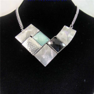 New Item Resin Zinc Elegant Fashion Jewelry Necklace