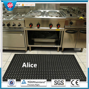 Hollow Rubber Mat Drainage Rubber Mat with Hole pictures & photos
