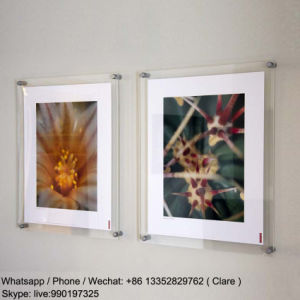 Clear A1 Wall Mounted Acrylic Poster Frame pictures & photos