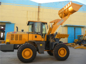 Good Quality Wheel Loader with Cummins Engine pictures & photos