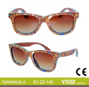 Fashion Wooden Sunglasees with High Quality (533-A) pictures & photos