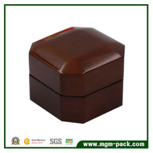 Wholesale Octagon Wooden Jewelry Ring Box pictures & photos