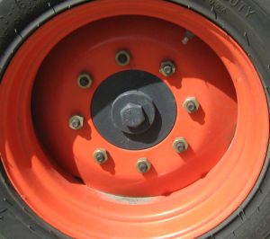 Skid Steer Tire Wheels 10-16.5 12-16.5 Tyre 10-16.5 12-16.5 Wheel and Rim 10-16.5 12-16.5 pictures & photos