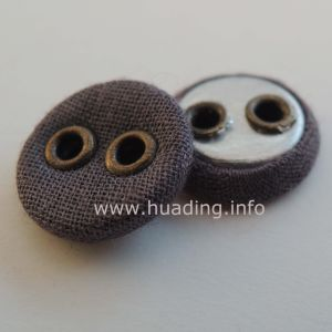 Hand Sewing Button with Two Holes Ts-13-1 pictures & photos