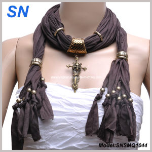 Small MOQ 2014 Fashion Cross Pendant Scarf pictures & photos