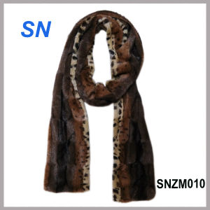 2015 Winter Fashion Long Fur Scarf for Women pictures & photos