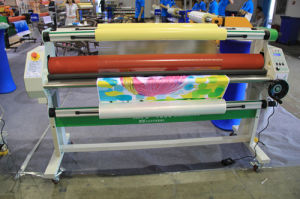 MEFU MF1700-M1 Roll-to-Roll Low Temperature Semi-Auto Laminator pictures & photos