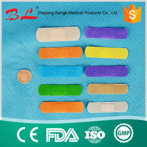Self Elastic Bandage/Adhesive Bandage / Bandaids / First Aid pictures & photos