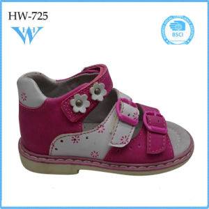 Comfortable Sandals for Girl Kids with Low Price pictures & photos