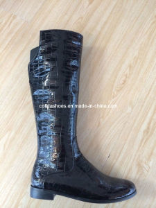 New Design Fashion Flat Leather Women′s Boots pictures & photos