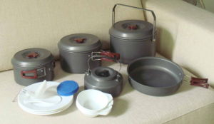Outdoor Hiking Camping Cookware Set (CL2C-DT2315-8) pictures & photos