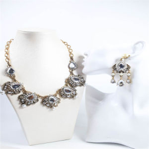 New Design Crystal Stones Pearl Point Fashion Necklace Earring Jewelry Set pictures & photos